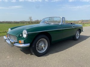 Picture of 1969 MGB Roadster Manual with Overdrive SOLD