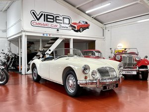 Picture of 1957 MGA 1500 Mk1 Roadster // Fully Documented Restoration For Sale