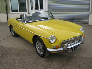 Picture of 1968 MGB ROADSTER WIRE WHEELS CHROME BUMPERS OVERDRIVE For Sale