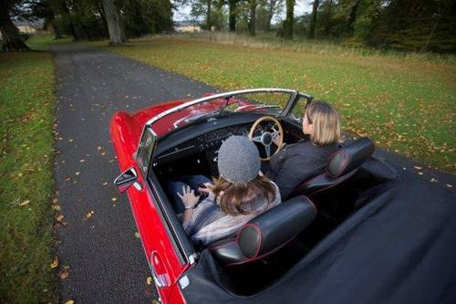 1970 MGB Roadster - SELF DRIVE RENTAL in Ireland - For Hire (picture 3 of 6)