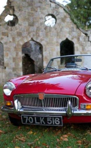 1970 MGB Roadster - SELF DRIVE RENTAL in Ireland - For Hire (picture 5 of 6)