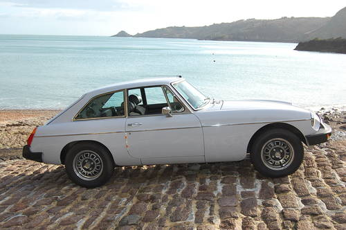 1975 MGB GT V8 for hire in Jersey from £150 per day For Hire (picture 6 of 6)