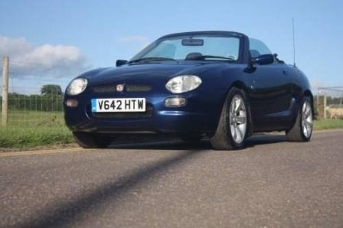 1998 Rent a MGF convertible in the Cotswolds For Hire (picture 1 of 6)