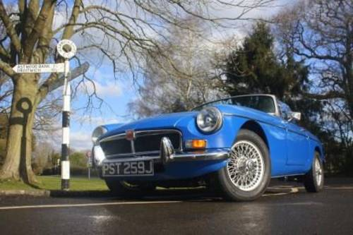 1974 Rent a classic chrome MGB convertible in the Cotswolds For Hire (picture 1 of 6)