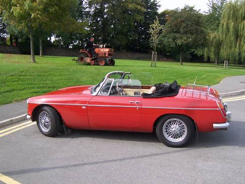 1966 MGB Roadster SOLD (picture 1 of 6)