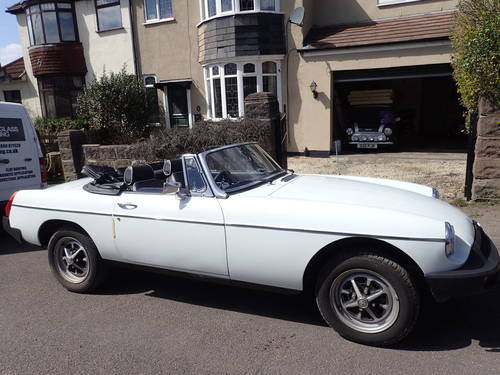 1976 MG B For Sale (picture 1 of 5)