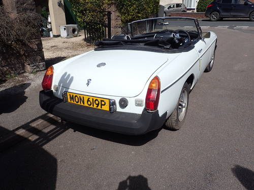 1976 MG B For Sale (picture 3 of 5)