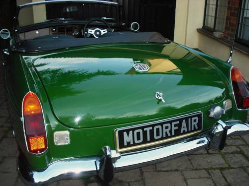1973 MGB ROADSTER LEATHER TRIM For Sale (picture 3 of 6)