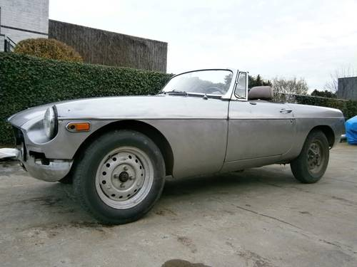 MG B - 1980 - Restoration project - LHD For Sale (picture 1 of 6)