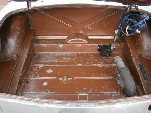 MG B - 1980 - Restoration project - LHD For Sale (picture 5 of 6)