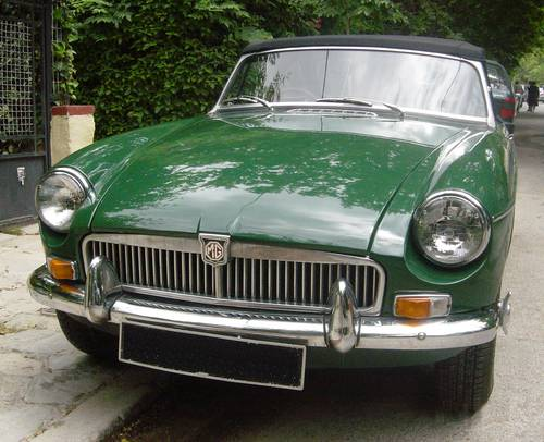 1971 MGB 1.8lt Roadster, older restoration For Sale (picture 2 of 6)