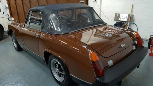MG Midget 1500 - 1978 SOLD (picture 3 of 6)