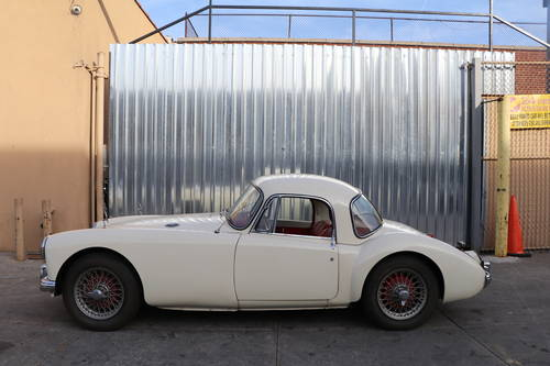 1956 MGA Coupe  For Sale (picture 3 of 5)