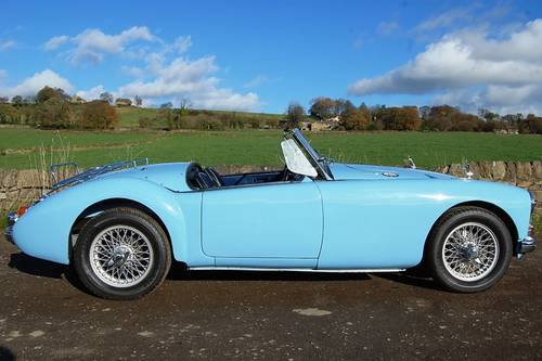 MGA For Hire, Showroom Condition, Beautifil Car For Hire (picture 3 of 6)