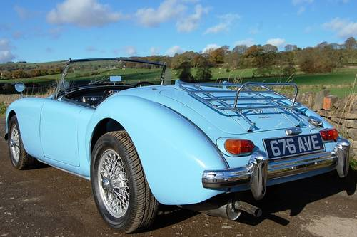 MGA For Hire, Showroom Condition, Beautifil Car For Hire (picture 4 of 6)