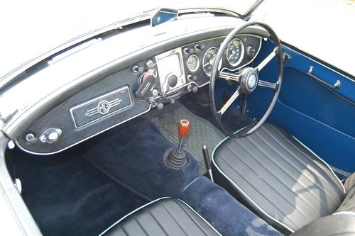 MGA For Hire, Showroom Condition, Beautifil Car For Hire (picture 5 of 6)