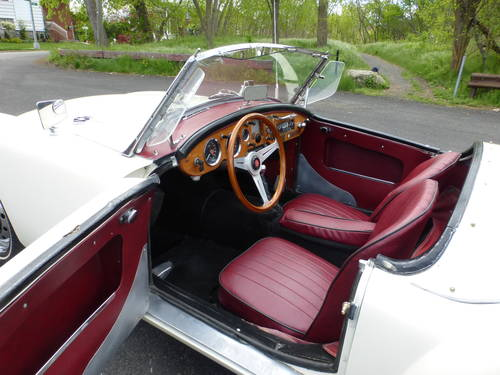 1962 MG A MK-II 1622 Two Tops Presentable Driver- SOLD (picture 5 of 6)