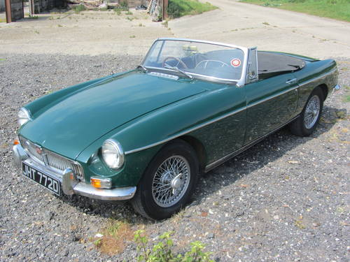 1966 MG B Roadster with overdrive SOLD (picture 3 of 6)