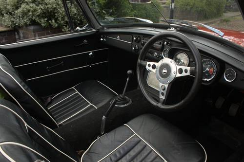1967 Mk1 MGB Roadster - HERITAGE SHELL - Tartan Red SOLD (picture 4 of 6)