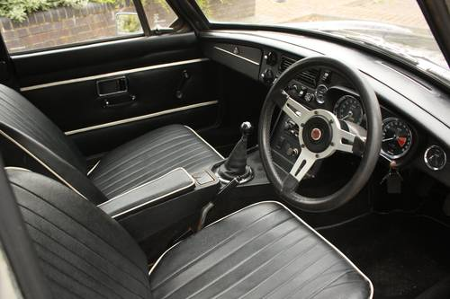 1973 MGB GT - Black Tulip, Reliable car - MGBGT MG BGT SOLD (picture 4 of 6)