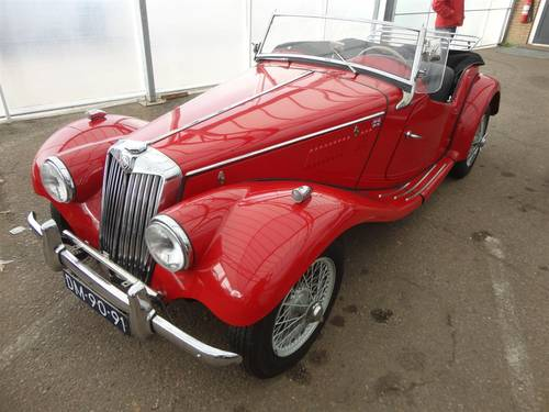 1954 MG TF red '54 perfect For Sale (picture 1 of 6)