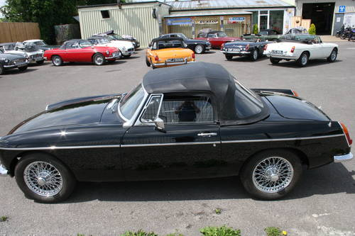1967 MGB HERITAGE SHELL , black with 15'' chrome wires SOLD (picture 5 of 6)