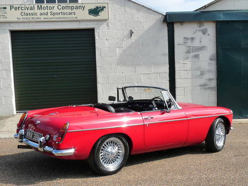 1970 Stunning MGB roadster SOLD (picture 2 of 6)
