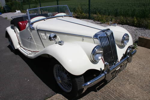 1953 MG TF 1250cc, 5-speed gearbox SOLD (picture 1 of 6)