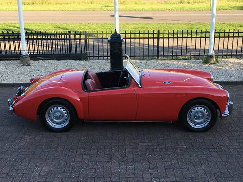 1958 MGA TWIN CAM ROADSTER FULLY RESTORED SOLD (picture 1 of 6)