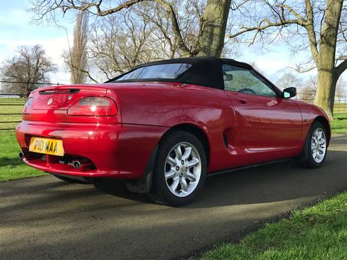 2000 MG MGF 1.8i - ONLY 23000 Miles, Exceptional *** NOW SOLD *** For Sale (picture 3 of 6)