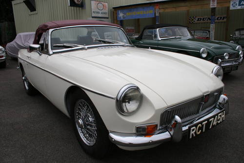 1970 MGB HERITAGE SHELL, Chrome wires SOLD (picture 1 of 5)