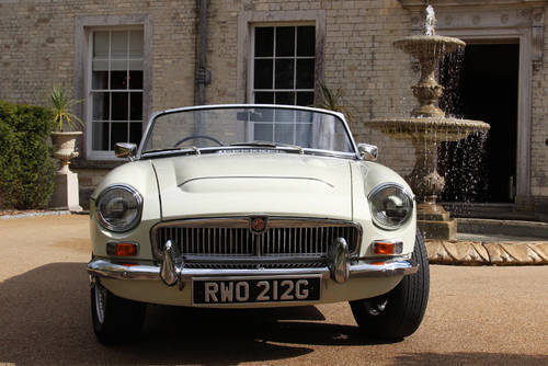 1967 MG C Roadster | Beautiful Clean Condition Throughout SOLD (picture 2 of 6)