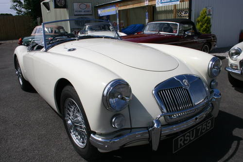 1959 MGA 1600 MK1, fully restored to show standard SOLD (picture 1 of 6)