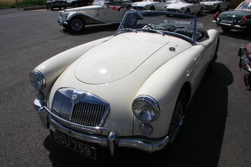 1959 MGA 1600 MK1, fully restored to show standard SOLD (picture 6 of 6)