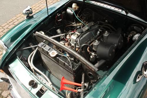 1970 MGB GT - BRG, Restored - MGBGT MG BGT SOLD (picture 5 of 6)