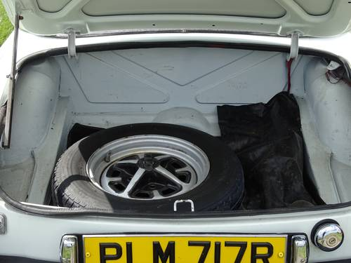 1976 Sound and presentable MGB Roadster,long MOT,tax free SOLD (picture 5 of 6)
