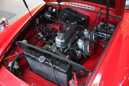 1972 MGB GT - Red, Restored - reliable car - MGBGT MG BGT SOLD (picture 5 of 6)