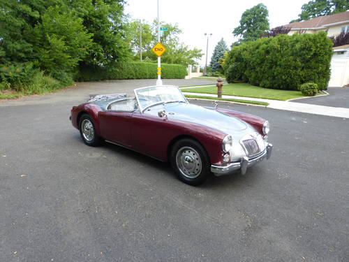 1961 MG A 1800 Roadster A Good Driver - SOLD (picture 1 of 6)