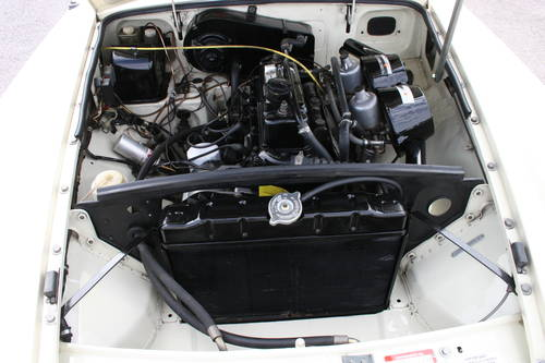 1971 MGB HERITAGE SHELL in old english white SOLD (picture 4 of 4)