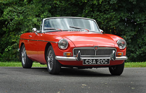 1972 MGB Roadster Red Chrome wire wheels Heritage Shell  SOLD (picture 1 of 6)