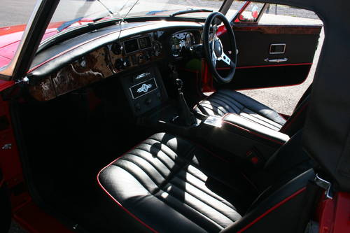 1972 MGB HERITAGE SHELL, Flame red, as new, show standard SOLD (picture 3 of 6)