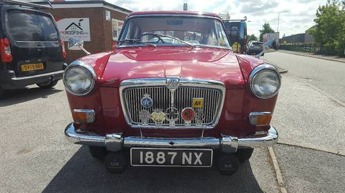 1959 MG Magnette Saloon - 17,000 miles from new SOLD (picture 4 of 6)