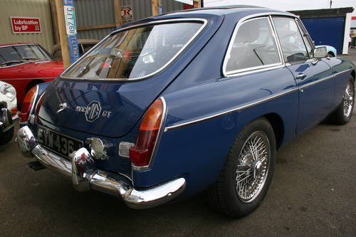 1971 MGC GT University motors with upgrades, FAST ROAD.. SOLD (picture 2 of 4)
