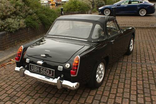1970 MG Midget - Heritage Bodyshell, Fully Restored SOLD (picture 3 of 6)