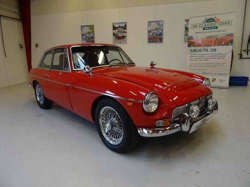 1969 MG MGC GT recently restored with many new parts For Sale (picture 1 of 6)