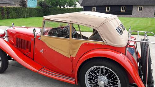 MG TC RED 1948. .restored condition. SOLD (picture 2 of 6)