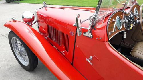 MG TC RED 1948. .restored condition. SOLD (picture 4 of 6)
