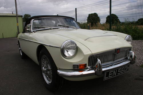 1969 MGC Roadster, the last MGC BUILT, UK car SOLD (picture 1 of 6)