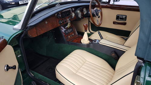 1972 mgb HERITAGE SHELL in BRG SOLD (picture 2 of 4)