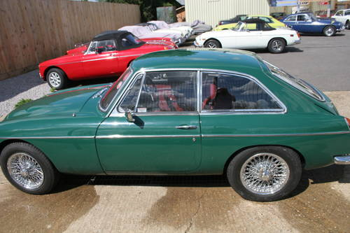 1969 MGC GT Automatic, Original BMC display car SOLD (picture 6 of 6)